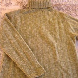 🔻🔻Express Wool Turtleneck Sweater